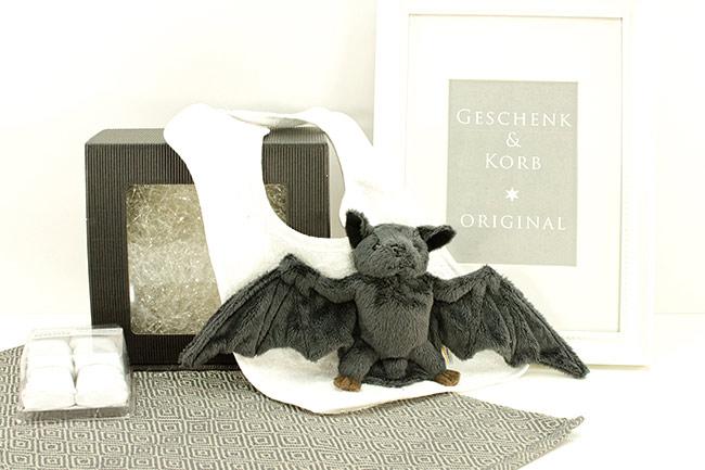Baby Geschenk mit Plüsch Fledermaus - sehr süß