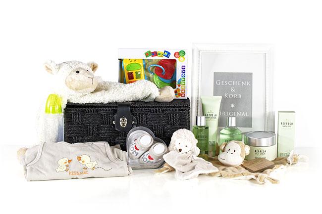 Baby Geschenkkorb mit Pflege für Mama online Versand