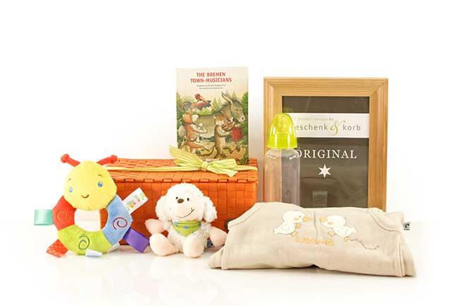 Baby Geschenkkorb mit englischem Märchenbuch