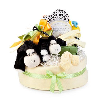 CHAFE & CO Babytorte de Luxe mit vielen Geschenken