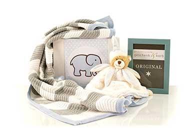 Feiern Sie die Ankunft des Baby Jungen mit diesem Babygeschenk