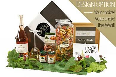 Italienischer Geschenkkorb mit Delikatessen und Rose Wein