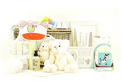 Taufgeschenke Baby Geschenkkorb online versenden lassen