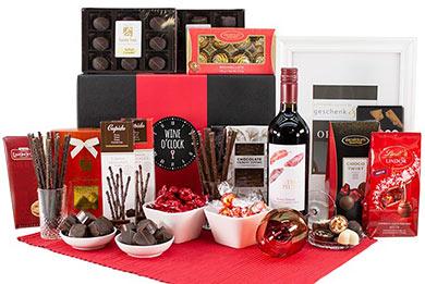 WEIN & SCHOKOLADE Personalisierte Geschenkkörbe