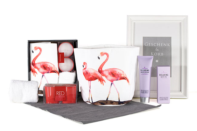 WELLNESS GESCHENKBOX FLAMINGO mit Wellness