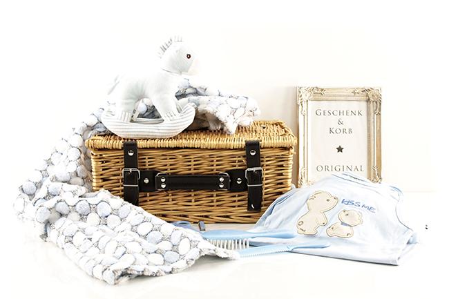 Babygeschenk BABY JUNGE Geschenkkorb mit PFERDCHEN